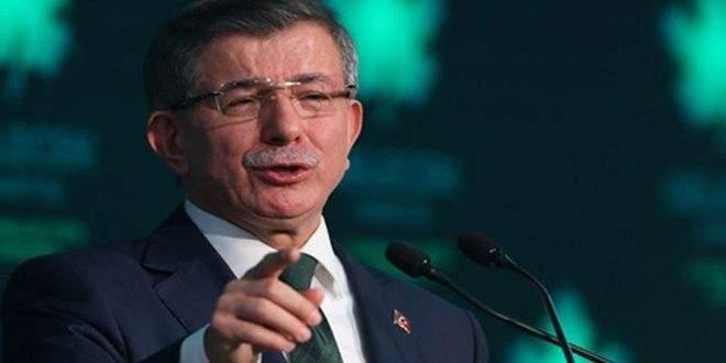 أحمد داوود أوغلو: أردوغان ديكتاتوري ويشكل خطراً على البلاد