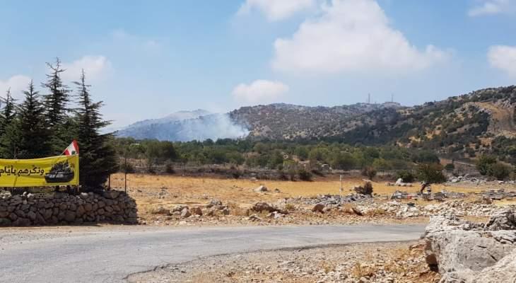 النشرة: احتراق حرج مقابل بركة النقار بسبب سقوط إحدى القنابل المضيئة الإسرائيلية