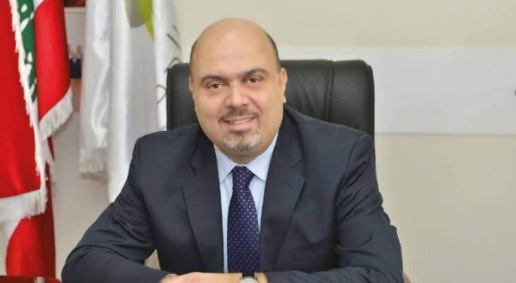 بلدية الدكوانة تابعت حملتها لاقفال جميع المحال التي يشغلها السوريون