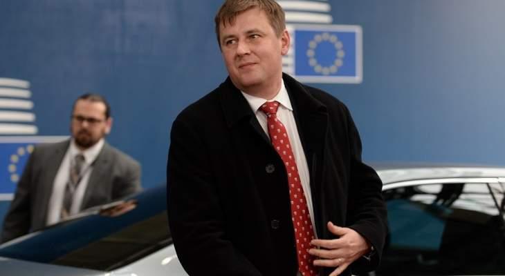 سلطات تشيكيا تطلب من دول الاتحاد الأوروبي طرد دبلوماسيين روس
