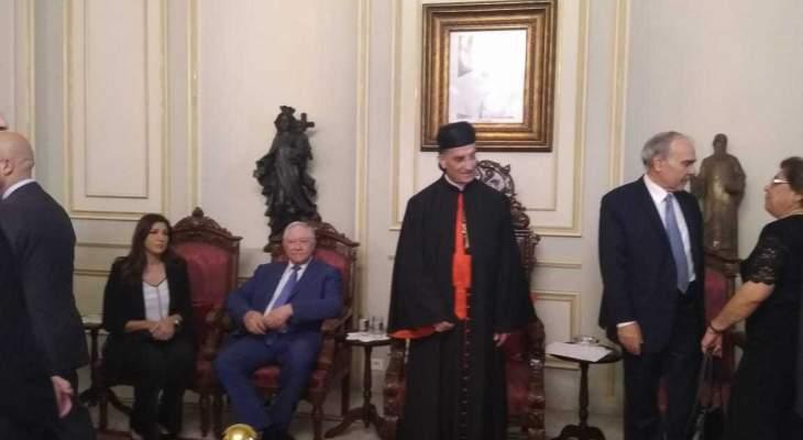 طلال المرعبي ووفد رابطة النواب السابقين ومن حزب سبعة زاروا بكركي معزين