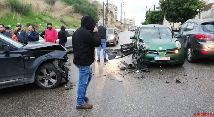 النشرة: جريح نتيجة حادثي سير على الطريق العام في منطقة جعيتا