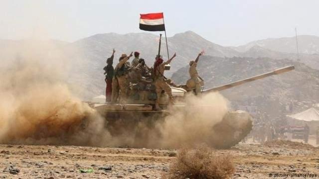 القوات اليمنية المشتركة تعلن إسقاط طائرة مسيّرة للحوثيين في الحديدة