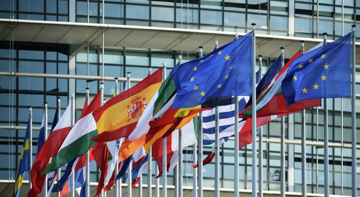 الاتحاد الأوروبي أبدى استعداده لتقديم 20 مليون يورو دعما لتوفير لقاح كورونا للفلسطينيين