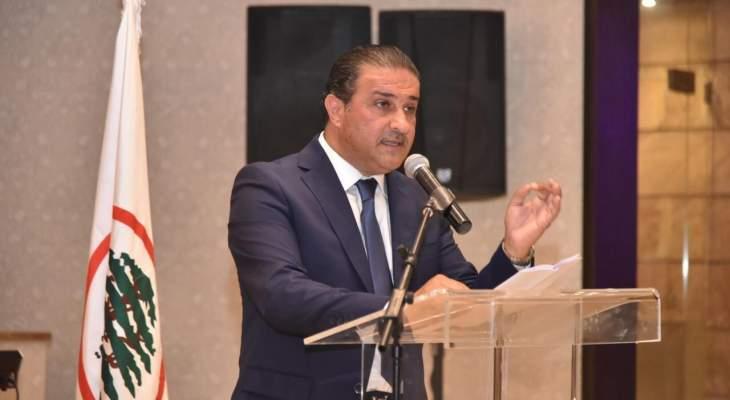 فادي سعد: انتظرنا خطابا من مسؤول فأطل علينا بخطاب مواطن عادي يشكو ويئن