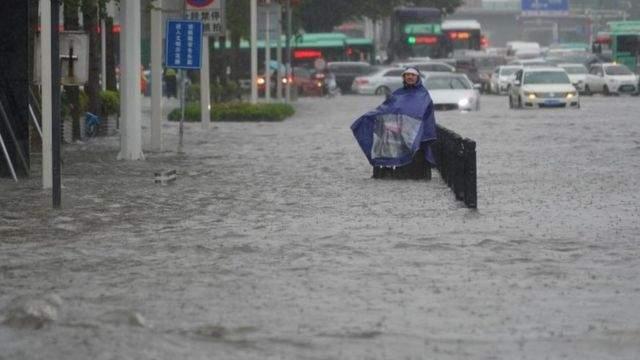 إدارة الطوارئ الصينية: إرتفاع عدد ضحايا الفيضانات إلى 33 شخصاً