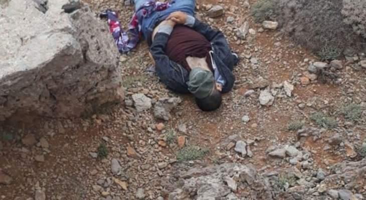 النشرة: العثور على جثة سوري في جبل الشيخ قتله مهربيه
