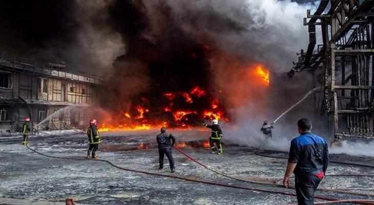 """حريق في مجمع بتروكيماويات في """"كنغان"""" في محافظة بوشهر الإيرانية"""