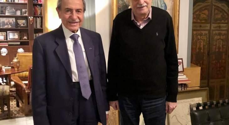 الخليل زار جنبلاط وعرض معه المستجدات السياسية
