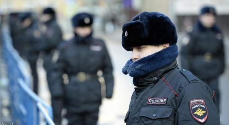 الشرطة الروسية أوقفت عددا من حلفاء نافالني في مطار موسكو