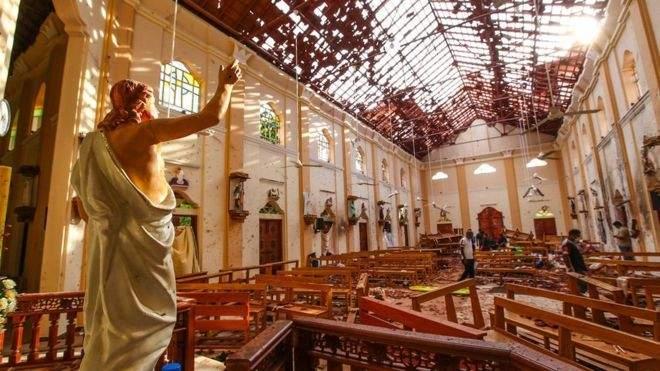 رئيس الوزراء الهندي يزور كنيسة في سريلانكا تعرضت لاعتداء ارهابي