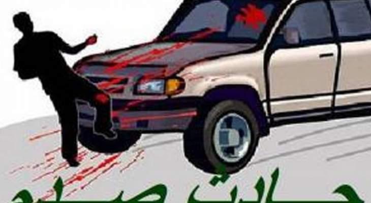 إصابة سوري سقط عن دراجته اثر صدمه على طريق حلبا