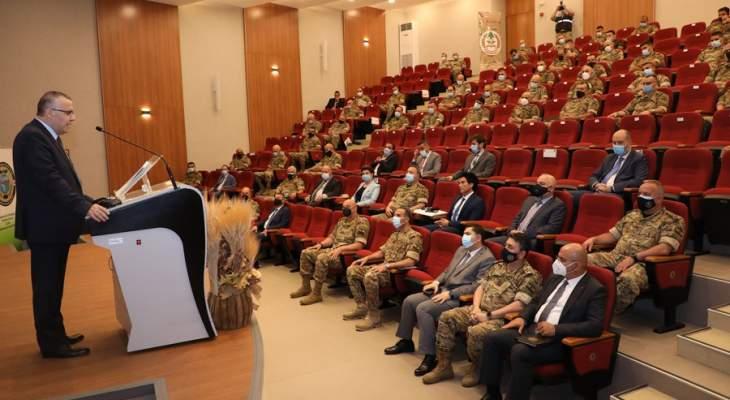 قائد الجيش: حريصون على تطبيق مبدأ الشفافية وتحصين العلاقة مع القضاء الإداري