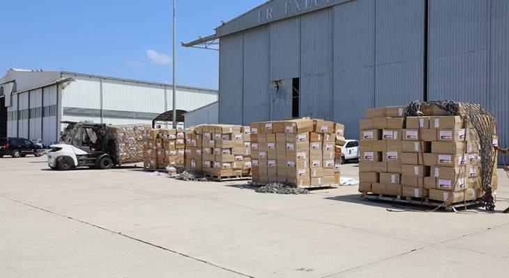 الجيش تسلم 14 طنا من المواد الطبية المقدمة هبة من الأردن للمؤسسة العسكرية
