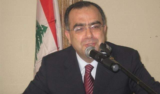 عبد المنعم يوسف: لا قانون ينص على دفع فواتير الهواتف بالدولار