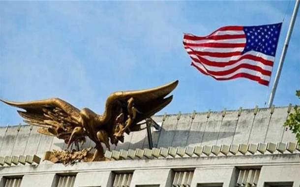 سقوط ثلاثة صواريخ قرب السفارة الأميركية في بغداد