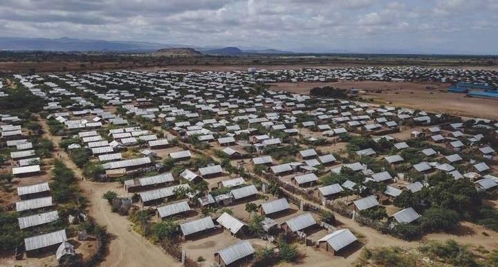 سلطات كينيا تعتزم إغلاق مخيمين يضمان أكثر من 400 ألف لاجئ