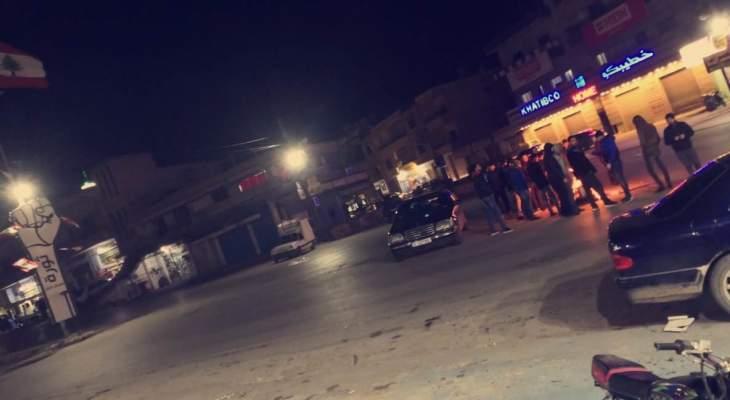 النشرة: قطع طريقي رياق- دير زنون والمصنع