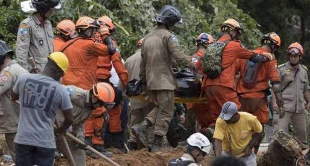 أ.ف.ب: ارتفاع ضحايا انلاق التربة في ريو دي جانيرو