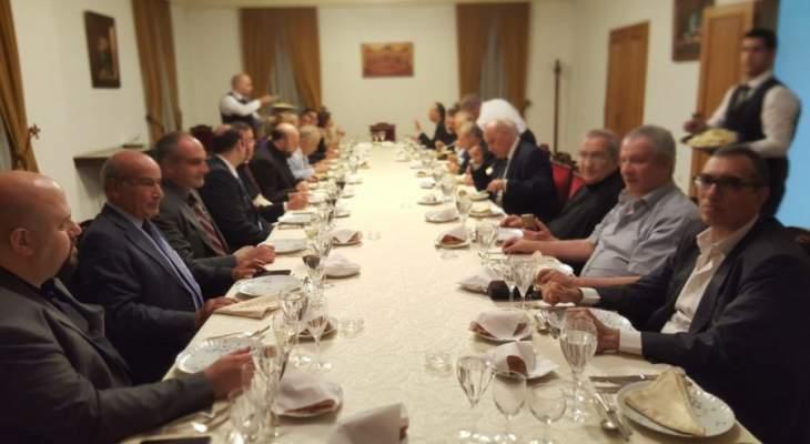 عشاء تكريمي للصحافيين في مطرانية بيروت للموارنة بمناسبة اليوم العالمي للصحافة