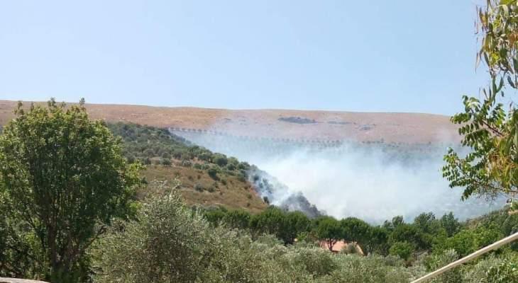 النشرة: اندلاع حريق في محلة عين تنورة في خراج حاصبيا