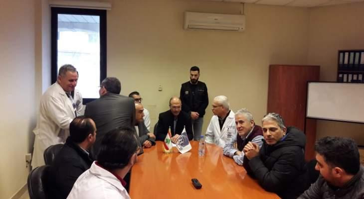 وزير الصحة تفقد مستشفى صيدا الحكومي: موضوع الكورونا ليس نكتة حتى تبث الاشاعات