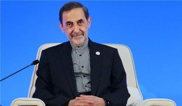 ولايتي: ايران مستعدة لتطوير التعاون مع الهند