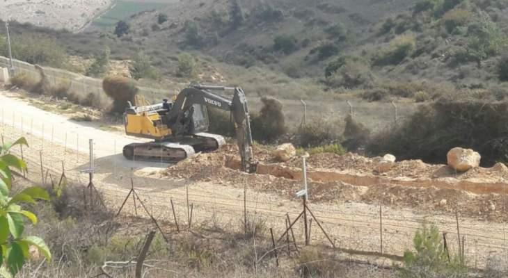 النشرة: تمشيط قوة اسرائيلية الطريق العسكري ما بين الغجر ووادي العسل