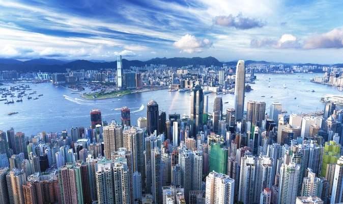 إغلاق المدارس في هونغ كونغ حتى نهاية العام بسبب موجة رابعة من كورونا