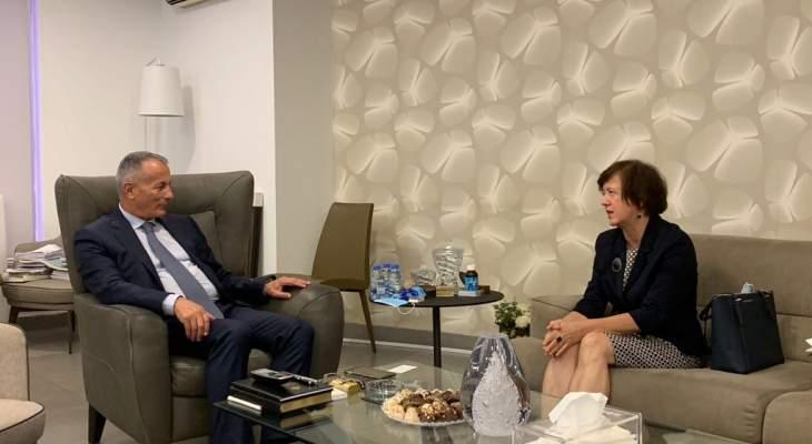 روكز عرض التطورات والأوضاع مع المنسقة الخاصة للأمم المتحدة لشؤون لبنان