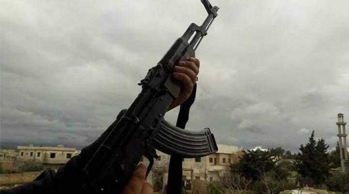 النشرة: تبادل إطلاق نار من أسلحة حربية وصاروخية بين شبان في حورتعلا