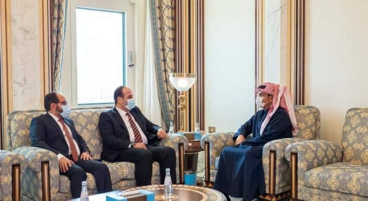 وزير خارجية قطر: ندعم الجهود الدولية للتوصل إلى حل سياسي للأزمة بسوريا