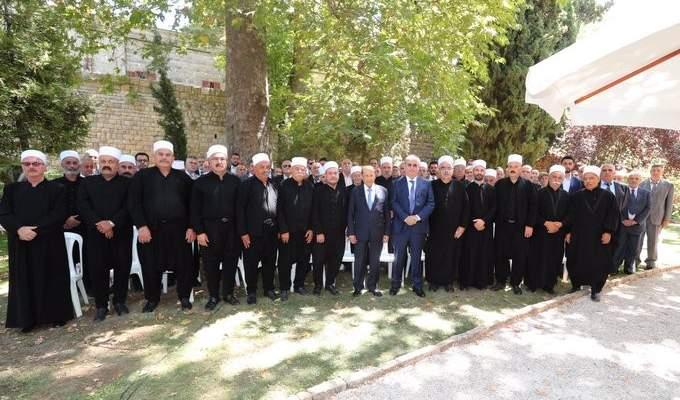 الرئيس عون استقبل وهاب مع وفد من المشايخ وأهالي المنطقة في بيت الدين