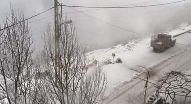 النشرة: الطقس العاصف مستمر في حاصبيا والثلوج تتساقط ابتداء من ارتفاع 1400 متر
