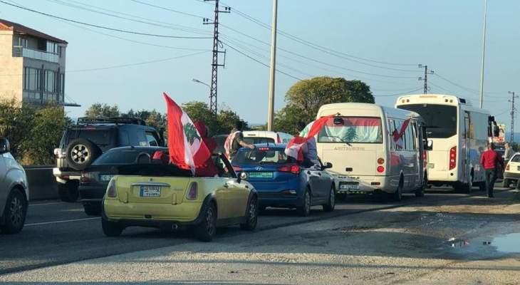 """وصول """"قافلة الثورة"""" الى البترون"""