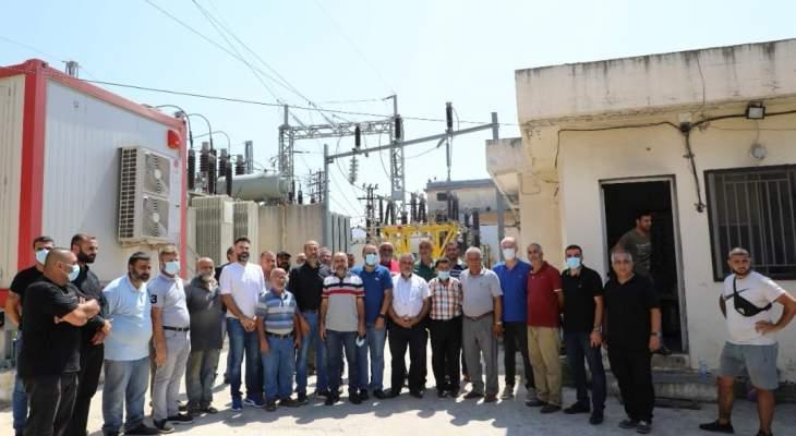 وقفة احتجاجية لرؤساء بلديات وأندية وجمعيات في النبطية للمطالبة بتحسين التغذية بالكهرباء