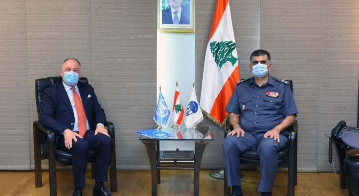 عثمان عرض مع دل كول للأوضاع الأمنية وسبل تعزيز التنسيق الأمني