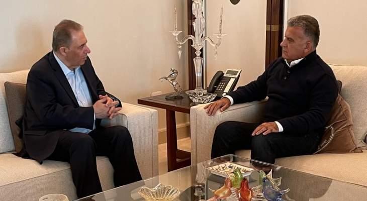 اللواء ابراهيم التقى السفير دبور وبحث بالاوضاع الفلسطينية