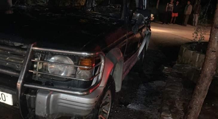 اخماد حريق سيارة رباعية الدفع في قصرنبا