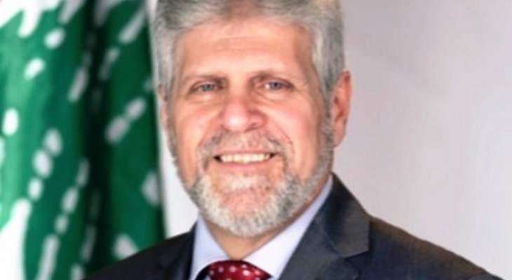 روبير الأبيض لرؤساء الطوائف: ارحلوا قبل ادخال لبنان تحت الفصل السابع والتدويل