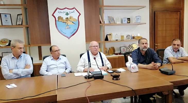 رئيس بلدية صيدا: أنجزنا منصة إلكترونية لتنظيم تعبئة البنزين وندرس مشروع تأمين الكهرباء على الطاقة الشمسية
