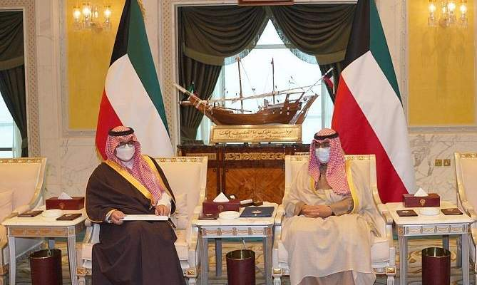 ملك السعودية بعث برسالة خطية لأمير الكويت تتعلق بالعلاقات الثنائية وآخر المستجدات
