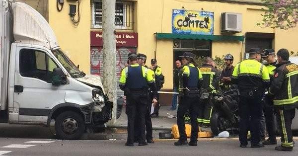 اخلاء محطتي قطار في برشلونة والشرطة تجري مسحا للمتفجرات