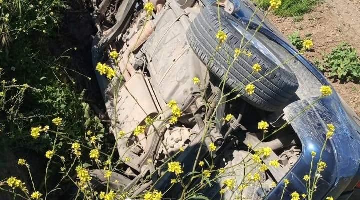 النشرة: اصابة شخصين بحادث سير على طريق الفيضة - زحلة
