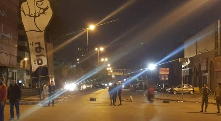 الجديد: قطع الطرقات المؤدية لساحة عبد الحميد كرامي في طرابلس