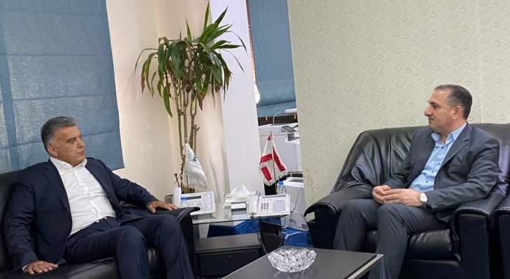 وزير الاتصالات التقى اللواء ابراهيم وتشديد على ضرورة عدم انقطاع الانترنت لتسيير الاعمال