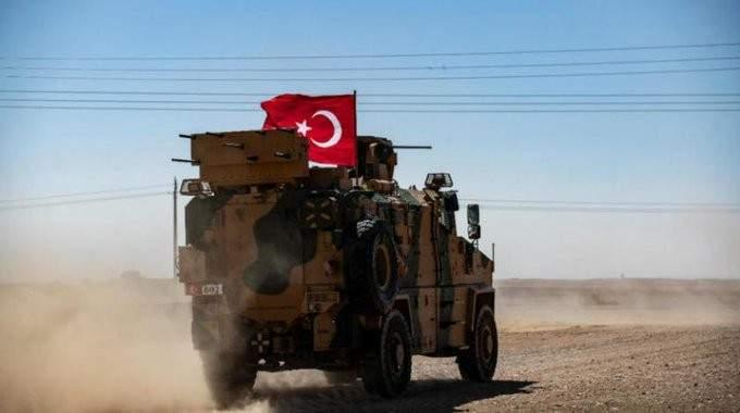 مقتل ثلاثة جنود اتراك بانفجار سيارة مفخخة في شمال سوريا