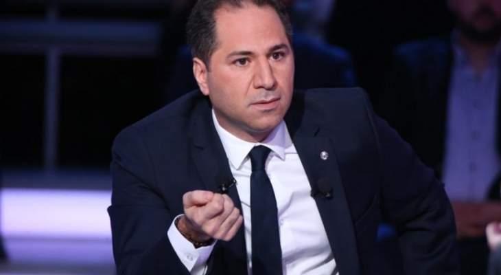 """سامي الجميل: """"كان بعد ناقصو اللبناني بهدلة عمحطات البنزين"""""""