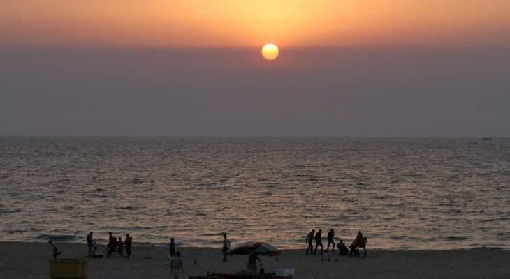 ليس كل البحر اللبناني ملوّث: من المستفيد من تشويه الشاطىء العام؟