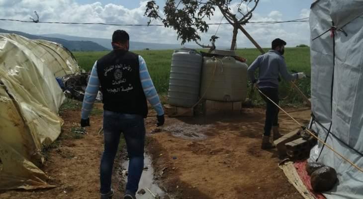 النشرة: بلدية الماري نفذت حملة تعقيم لأماكن تواجد النازحين السوريين بخراج البلدة والمجيدية